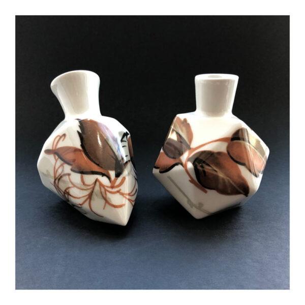 7.Diamantvaasje, 11 x 14 x 9 cm, ceramics